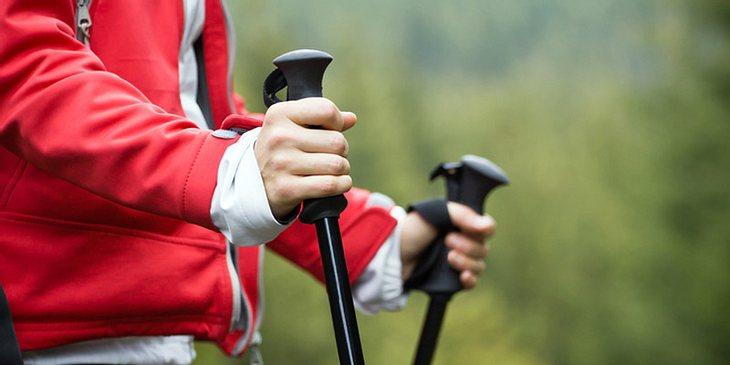 Durchblutung fördern mit Nordic Walking