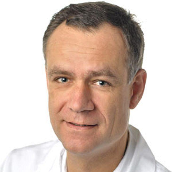 Dr. Wolfgang Klauser, stellv. Direktor der Helios Endo-Klinik in Hamburg