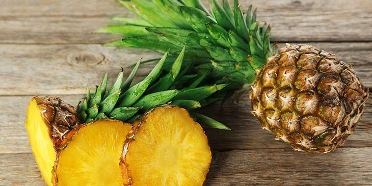 Flacher Bauch durch Ananas