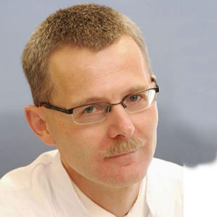 Privatdozent Dr. med. Winfried Häuser