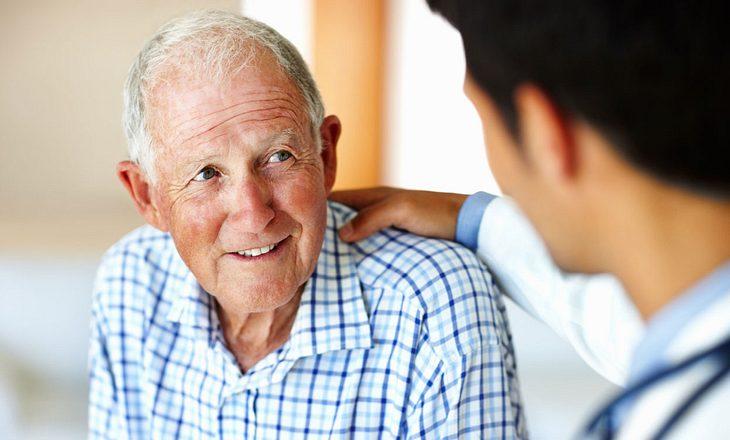 Proktologe und Patient