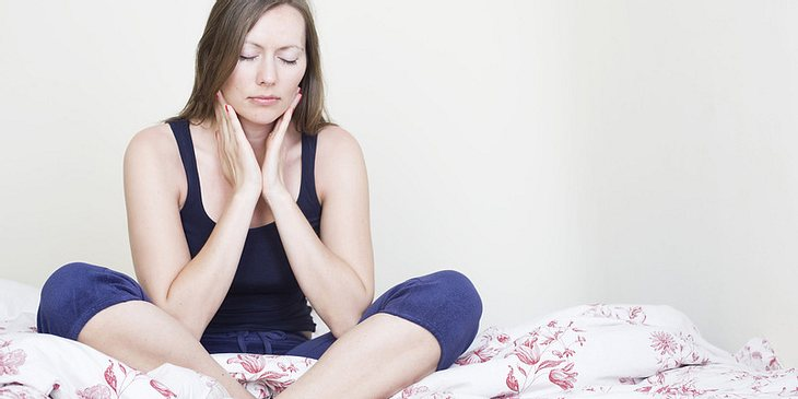 Hinter Halsschmerzen kann auch Scharlach stecken